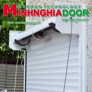 cua cuon tam lien Minhnghiadoor MSP 270